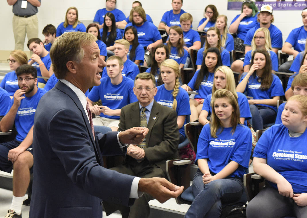 Record number of seniors apply for Tennessee Promise scholarship