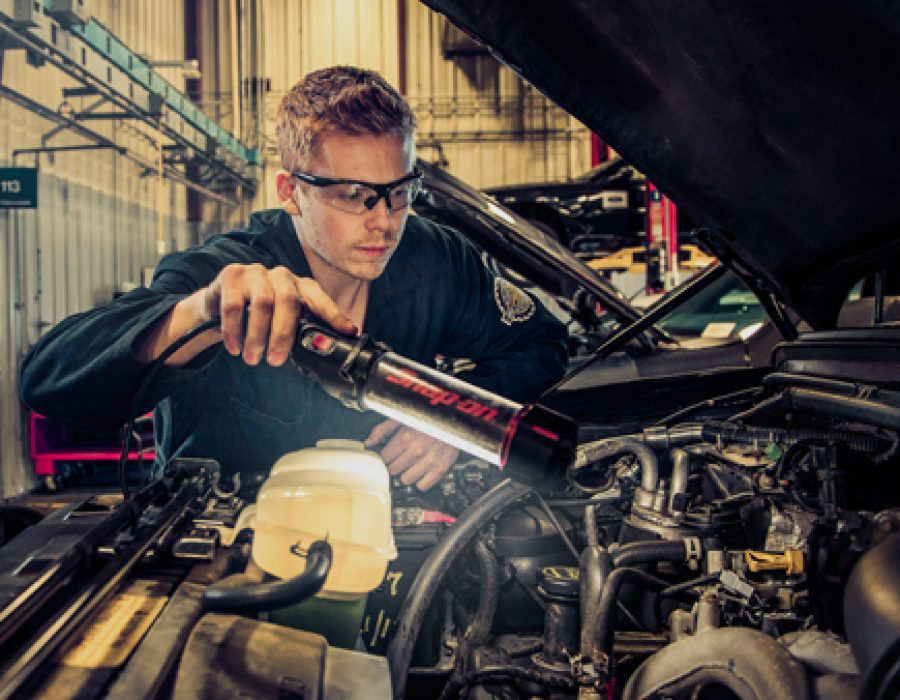 Automotive Service Tech
